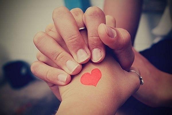 признание парню в любви первой