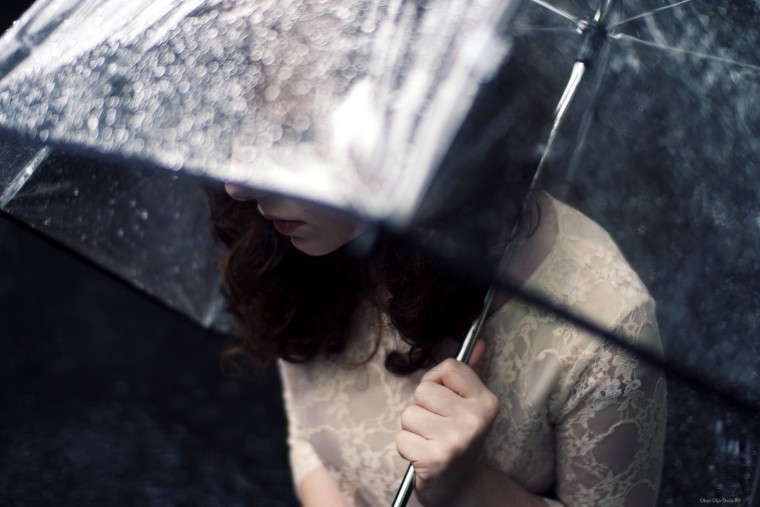 Девушка-под-зонтом