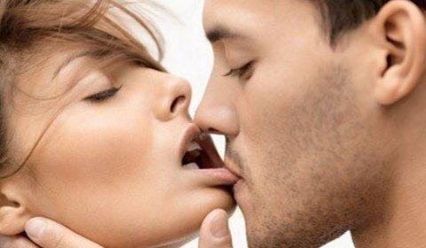 Как правильно целоваться с языком и взасос